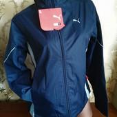 Фирменная женская деми куртка Puma на флисе. размер L (46-48).