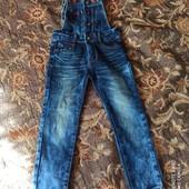 Крутой джинсовый комбенизон для девочки.