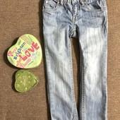 Красивые модные джинсы для девочки