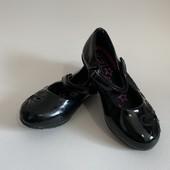 Туфли лаковые р. 8 ( стелька - 16 см. )