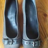 жіночі туфлі розмір 41