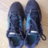 Кроссовки Adidas оригинал р.40, по стельке 25,1 см