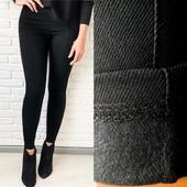 Стильные черные джеггинсы джинс-коттон на флисе