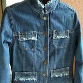 Фасон,тренд сезона,джинсовая куртка/пиджак в состоянии новой вещи