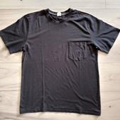 Фирменная мужская коттоновая футболка р.50-52 в отличном состоянии