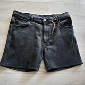 Фирменные мужские джинсовые шорты Вранглер в отличном состоянии р.38 на пот 46-48