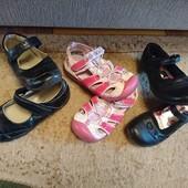 Обувь девочке одним лотом стелька 17,5-18см