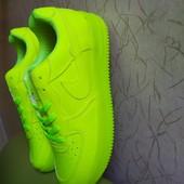 Кроссовки в стиле Nike Air Force