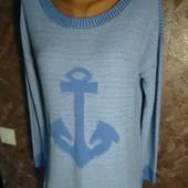 Красивый свитер в отличном сстоянии!
