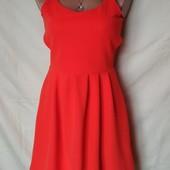 Яркое фактурное платье с открытой спинкой, Англия. m/l