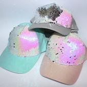 Красивые, модные женские кепки с паетками перевертышами, на объем 56 -58