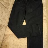 Черные джинсы р.40