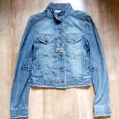 Джинсовая куртка mango р.с в отличном состоянии