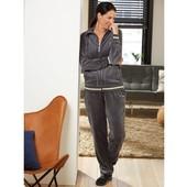 Велюровый костюм Esmara® Германия, размер евро S 36/38. (замеры в описании)