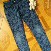 Лёгкие джинсы для девочки 7-9 лет