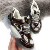 Крутые кроссовки ~голограмма с прозрачной подошвой~