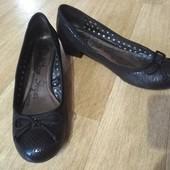 George 6/39р отличные удобные туфли