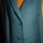 Красивый шерстяной пиджак 50-52р