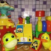 Лот игрушек для самых маленьких