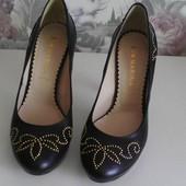 Туфлі із натуральної шкіри,від San Marina,розмір 37.