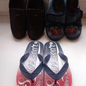 Детская обувь, 3 пары.