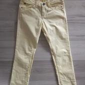 Фирменные красивые джинсы-слим в отличном состоянии р.38-32(14).