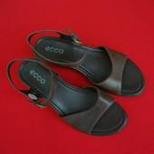 Босоножки Ecco оригинал 38 размер