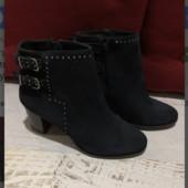 Ботинки із натуральної замші,від Minelli,розмір 37,устілка 24,5