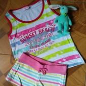 Маечка и шортики для девочки 4-5 лет в отличном состоянии