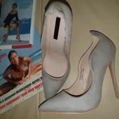 Красивые туфли, р.36-37