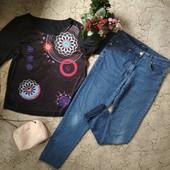 Качественные стрейч джинсы батал,в отличном состоянии + красивая кофточка.В идеале