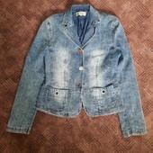 пиджак джинсовий в клетку size 42