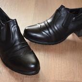 Шикарные фирменные женские туфельки в 3 цветах! Размер 36, 37, 38, 39. Качество бомба!!