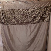 Шикарная, двойная штора на кольцах. Размер 168×183 см.