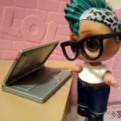 ноутбук оригинал!  подходит для куколки лол