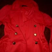 Обалденный нарядный бренд.плащ-тренчкот New Look,рюши,коралл,Англия,М размер