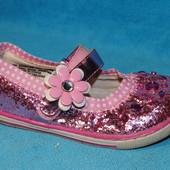 туфли в стразиках 25 размер