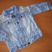F&F. Джинсовая куртка на кнопках. На 9-12месяцев, на рост 80
