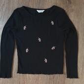 Детский, фирменный, очень красивый, модный свитерочек !!!!