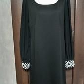 Фирменное красивое трикотажное платье с шифоновыми рукавами р.10-12 в отличном состоянии.