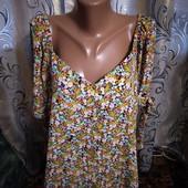Очень красивая блуза с цветочным принтом george