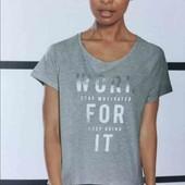 Стильная, очень приятная футболка для занятий спортом, Crivit Германия размер указан нем 40/42