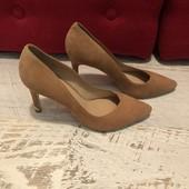 Туфлі із натуральної замші,від Minelli,розміри 36