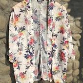 Легкое цветочное пляжное кимоно