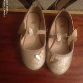 Очень красивые балетки-туфельки для девочки