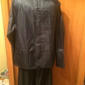 Фирменный качественный очень красивый костюм дождевик, 12-13 лет 152-158 см. Состояние отлич