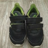 Кроссовки на мальчика фирма Adidas