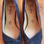 Туфли из натур.замши темно - синие р.4 стелька 24см !