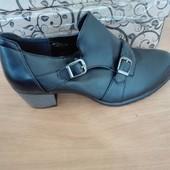 Ботинки, полуботинки, закрытые туфли демисезонные, черные, р39, но они маломерят на 38