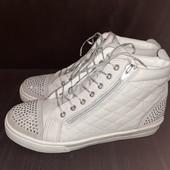 Новые деми ботинки Northstar, ориг. Италия, разм. 37 (23 см внутри). Сток.